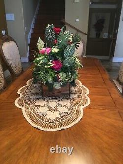 Mother's Day Gifts Table centerpiece. Silk flower floral arrangements